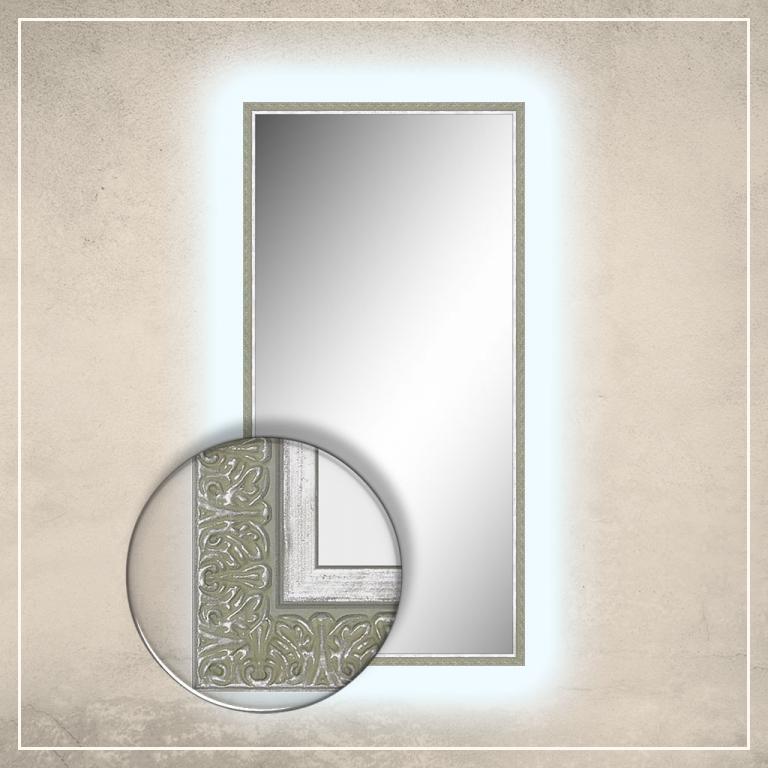 LED taustavalgusega peegel Klaus hõbedase raamiga