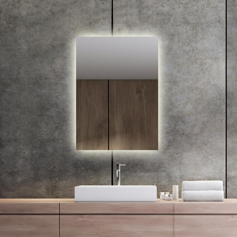 LED valgusega peegel Isabella (50x70cm)